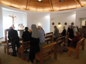 chapelle de St Pern pendant la messe