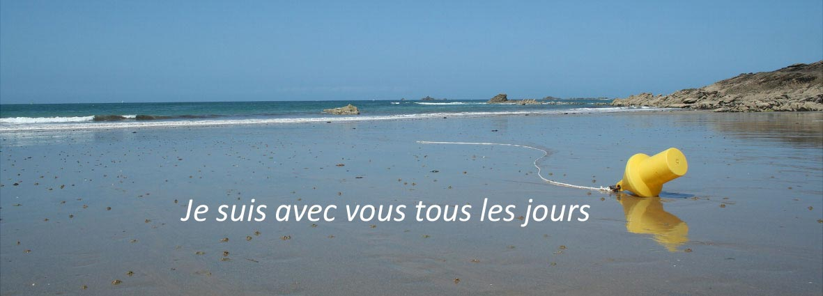 bouée échouée sur la plage