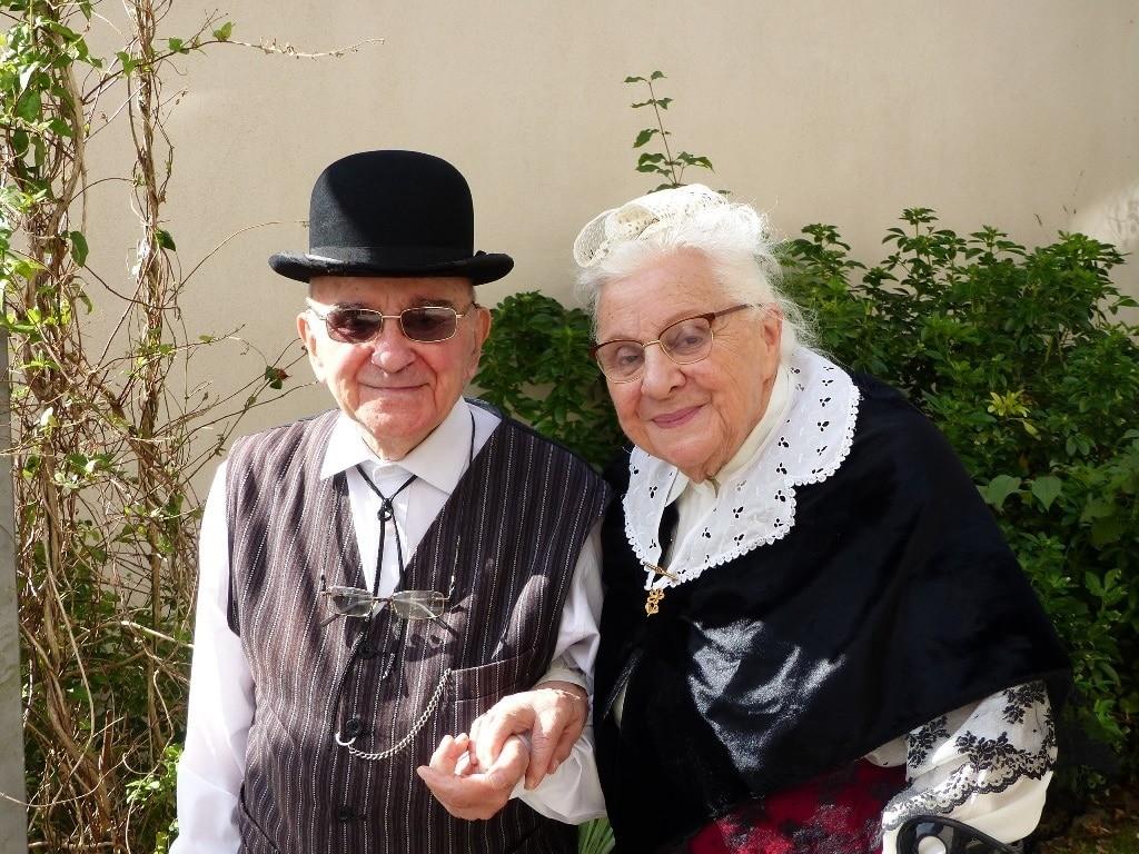 couple en costume Rennais