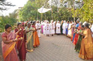 Inde, cérémonie d'accueil de Mère générale