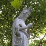 Statue de la Vierge Marie à La Tour St Joseph