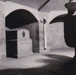 crypte ont été mis les restes de Ste Jeanne Jugan