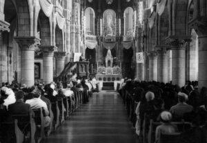 chapelle un jour de fête en 1956