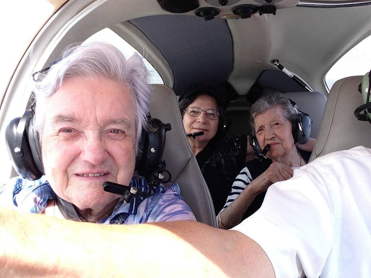 dans la cabine du pilote