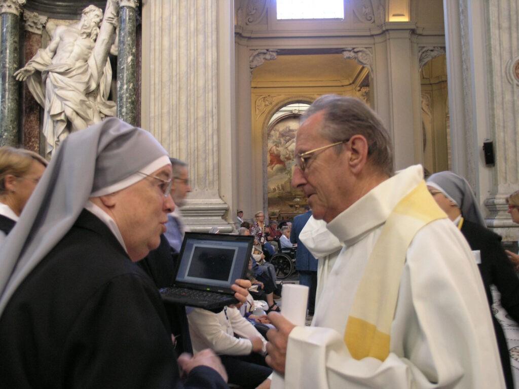 Mère générale Celine de la Visitation et le Père Veron, curé de Cancale